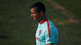 """""""Komplett überrascht"""": Ronaldo bestreitet systematische Steuerhinterziehung"""