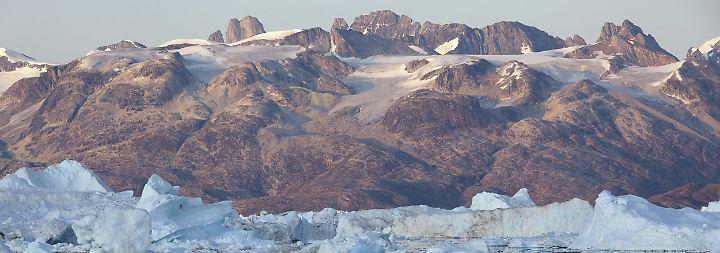 Rekord-Eisschmelze in der Arktis: Forscher wollen Klimawandel im Grönlandeis auf die Spur kommen