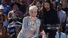 Einsame Spitze beim Zwitschern: Perry knackt die 100-Millionen-Marke