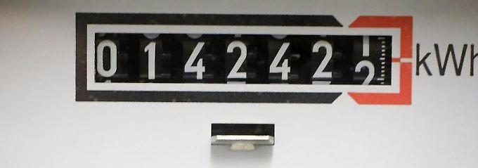 Seit dem Jahr 2000 hat sich der Strompreis für den Endverbraucher in etwa verdoppelt.