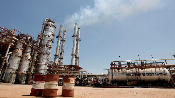 Mexiko braucht Geld und Know-how von anderen, um das wirtschaftlich wichtige Erdöl zu fördern.