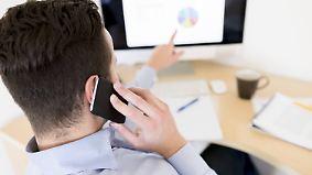Handynutzung und Freizeitgestaltung: Was darf der Chef verbieten?