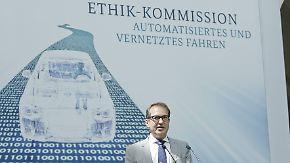 Warnung vor Totalüberwachung: Ethikkommission präsentiert Leitlinien für autonomes Fahren