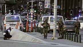 Polizei identifiziert den Erschossenen: Täter in Brüssel zündet Kofferbomben