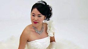 Japan in der Liebes-Krise: Frauen heiraten immer öfter sich selbst