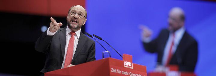 """Schulz-Attacke gegen Merkel: """"Anschlag auf Demokratie""""-Vorwurf löst Kopfschütteln aus"""