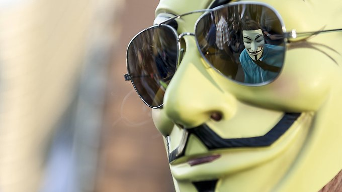 Anonymous-Maske: Die US-Hackergruppe Anonymous hat ein Video veröffentlicht, das nahelegt, dass die Nasa außerirdisches Leben entdeckt hat.