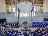 Rot-Rot-Grün gegen die Union: Rechtsausschuss winkt Ehe für alle durch