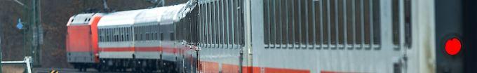 Der Tag: 14:39 Zwei Kleinkinder reisen alleine im Zug