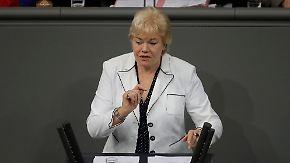 """Erika Steinbach zur Ehe für alle: """"Vorgang ist an Peinlichkeit kaum zu überbieten"""""""