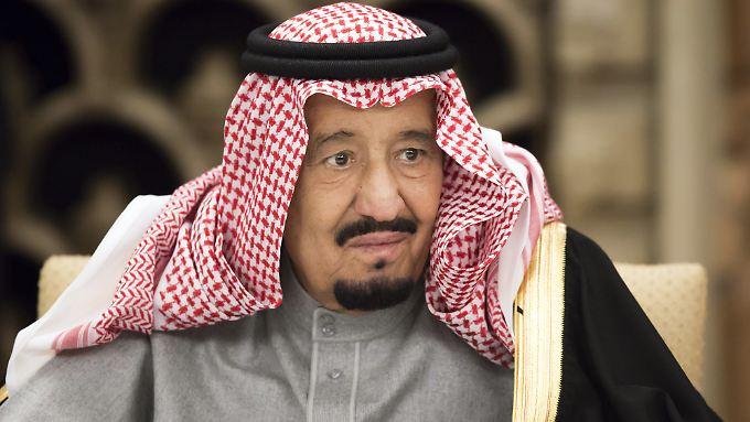 Allein die Delegation von Saudi Arabiens König Salman belegt 400 Hotelzimmer in Hamburg.