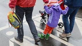 Startschuss für Regenbogenfamilien: Homosexuelle Paare freuen sich auf Adoptionsrecht