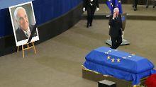 """Clinton: """"Ich habe ihn geliebt"""": So verabschieden sich Kohls Weggefährten"""