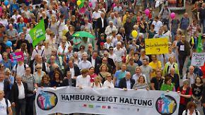 Friedliche G20-Proteste am Nachmittag: Hamburger setzen Zeichen gegen Gewalt