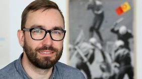 Dr. Dr. Peter Ullrich ist wissenschaftlicher Mitarbeiter am Institut für Protest- und Bewegungsforschung in Berlin.