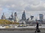Finanzplatz vor Umwälzung: Londons Banken sollen Brexit-Pläne nennen