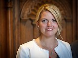 NRW-Agrarministerin unter Druck: CDU-Politikerin weist Tierqualvorwurf zurück