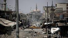 """Friedhof im Norden Iraks: Im """"befreiten"""" Mossul tobt weiter der Krieg"""