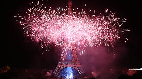 Feuerwerk in Paris, Stille in Nizza: Frankreich begeht emotionalen Nationalfeiertag