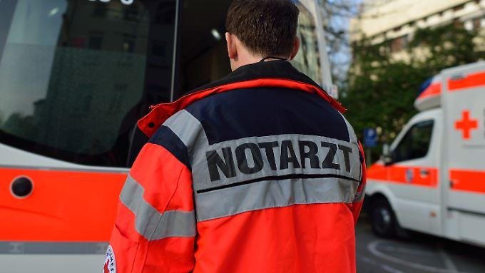 Notarzteinsatz westlich der Heidelberger Innenstadt: Der junge Mann soll zum Unfallzeitpunkt Kopfhörer getragen haben.
