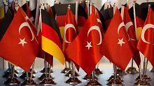 Zehnmal so viele Namen: Schwarze Liste der Türken viel länger