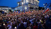 Umbau der Justiz in Polen: Zehntausende protestieren gegen Reform