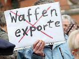 Die Bundesregierung will im Zug der Konfrontation zur Türkei auch die Waffenexporte stärker regulieren.