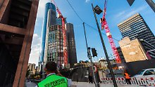 Drohendes Unglück in Frankfurt: Kran droht umzustürzen