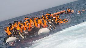 Obergrenze, Integration und eine Warnung: Flüchtlingspolitik erreicht den Wahlkampf