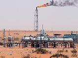 Das Khurais-Ölfeld in Saudi-Arabien, 160 km von Riad entfernt