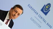 Keine Reaktion auf Kritik: EZB lässt Leitzins auf Rekordtief