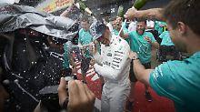 Lewis Hamilton schwimmt derzeit auf einer Erfolgswelle.