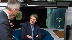 """Hendricks: """"Zahlen sind Unfug"""": Umweltministerin legt sich mit Autoindustrie an"""