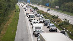 Stockender Start in den Urlaub: Am Wochenende brauchen Autofahrer starke Nerven