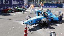 Höchstspannung in der Formel E: Buemi baut Horrorcrash, Di Grassi vorm Titel
