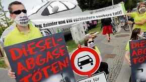 Massive Kritik für Kompromiss: 5,3 Millionen Diesel-Fahrzeuge bekommen neue Software