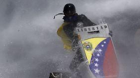 Misswirtschaft, Korruption, Inflation: Venezuelas Wirtschaft liegt in Trümmern