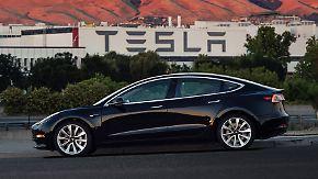 1800 Bestellungen pro Tag: Tesla will frisches Geld für Model-3-Produktion einsammeln