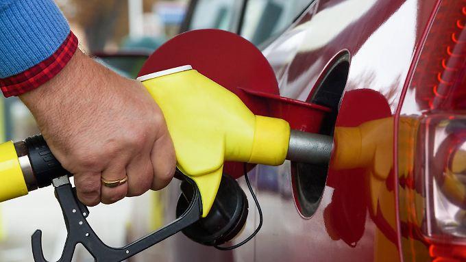 Für Benzin mussten die Verbraucher im Mai etwa acht Prozent mehr bezahlen.