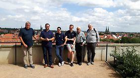 Harztour mit der FDP: Köcke und ihre Unterstützer in Quedlinburg.