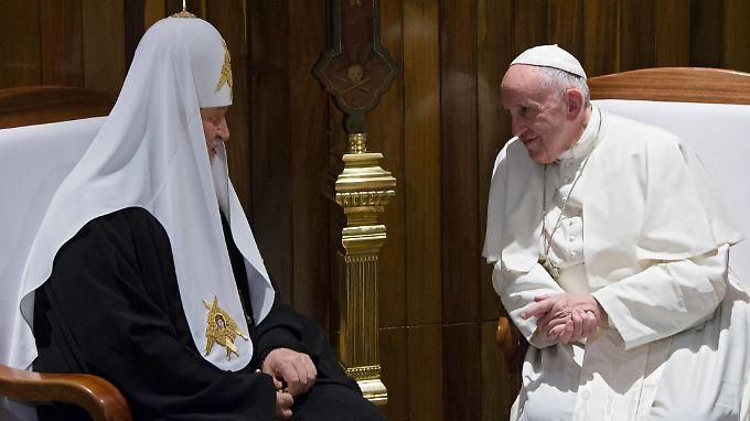 Papst Franziskus und Patriarch Kyrill bei ihrem Treffen auf Kuba.