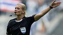 Der Sport-Tag: Bibi Steinhaus pfeift am 3. Spieltag erstmals 1. Liga