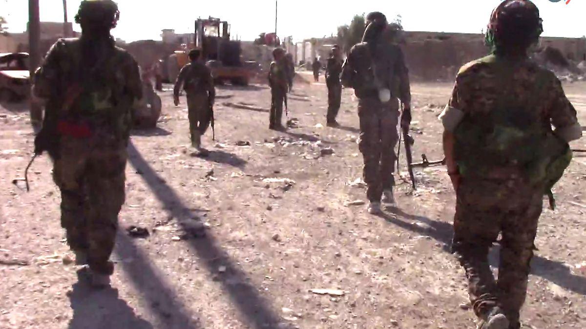 Syrische Truppen verdrängen IS aus Homs