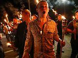 Ereignisse in Charlottesville: Fackel-Hersteller betrübt wegen Nazi-Marsch