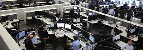 Rekordstand bei Erwerbstätigen: Mehr Menschen teilen sich weniger Arbeit