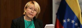 Machtkampf in Venezuela: Ex-Generalstaatsanwältin flüchtet vor Maduro