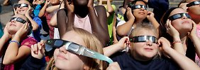 Notcampingplätze und eigenes Bier: Totale Sonnenfinsternis versetzt USA in Aufregung