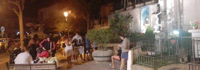 Erdbeben auf Urlaubsinsel: Gebäude auf Ischia zerstört - Tote befürchtet