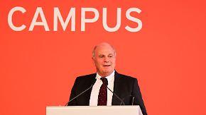 """Hoeneß über den """"FC Bayern Campus"""": """"Sind überzeugt, dass das der richtige Weg ist"""""""