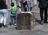 Angst vor Autoanschlägen: Stadt Köln sichert Domplatte mit Steinklötzen